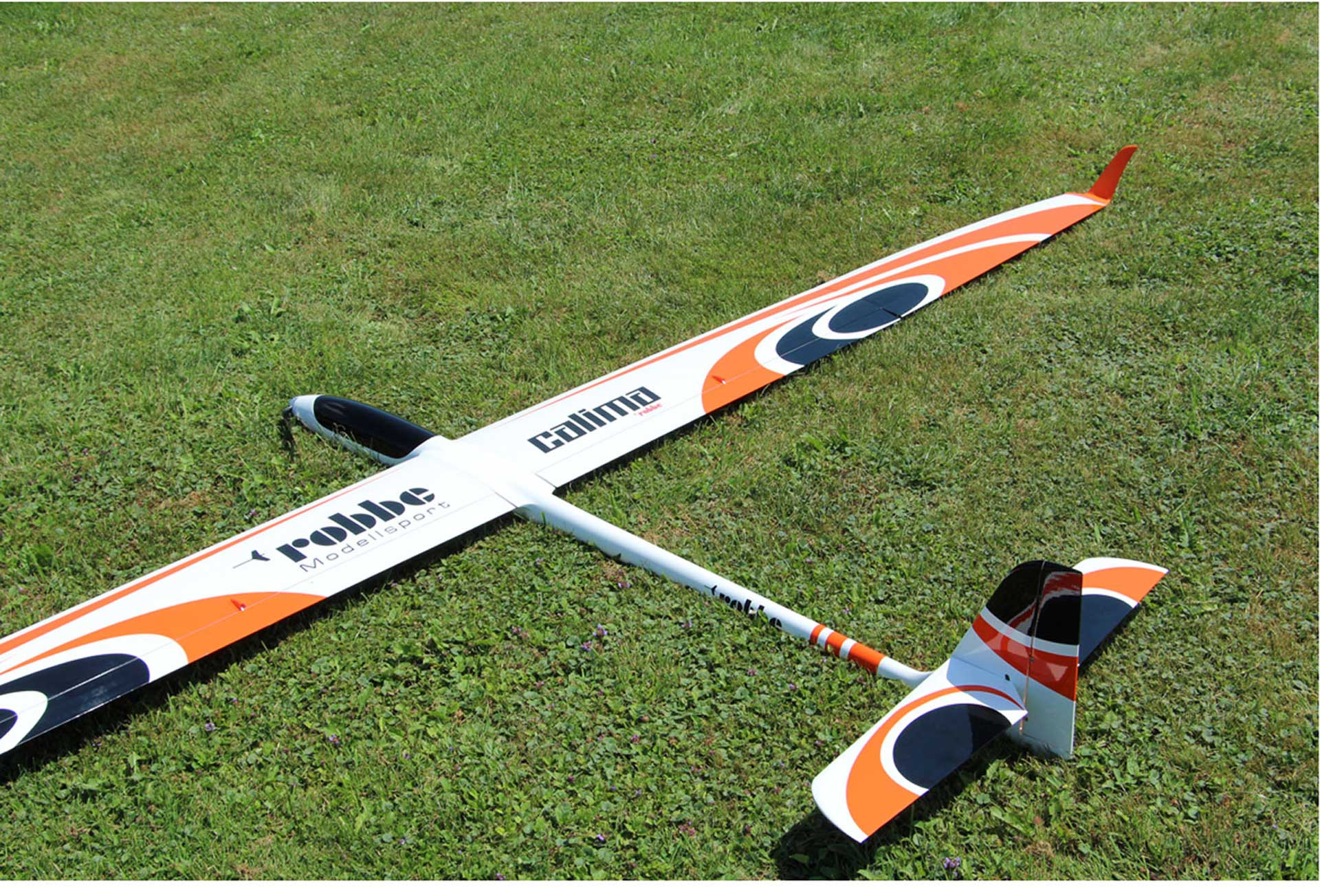 ROBBE CALIMA PNP HIGH PERFORMANCE GLIDER WITH 4-FLAP WINGS AND INTEGRATED SERVOS