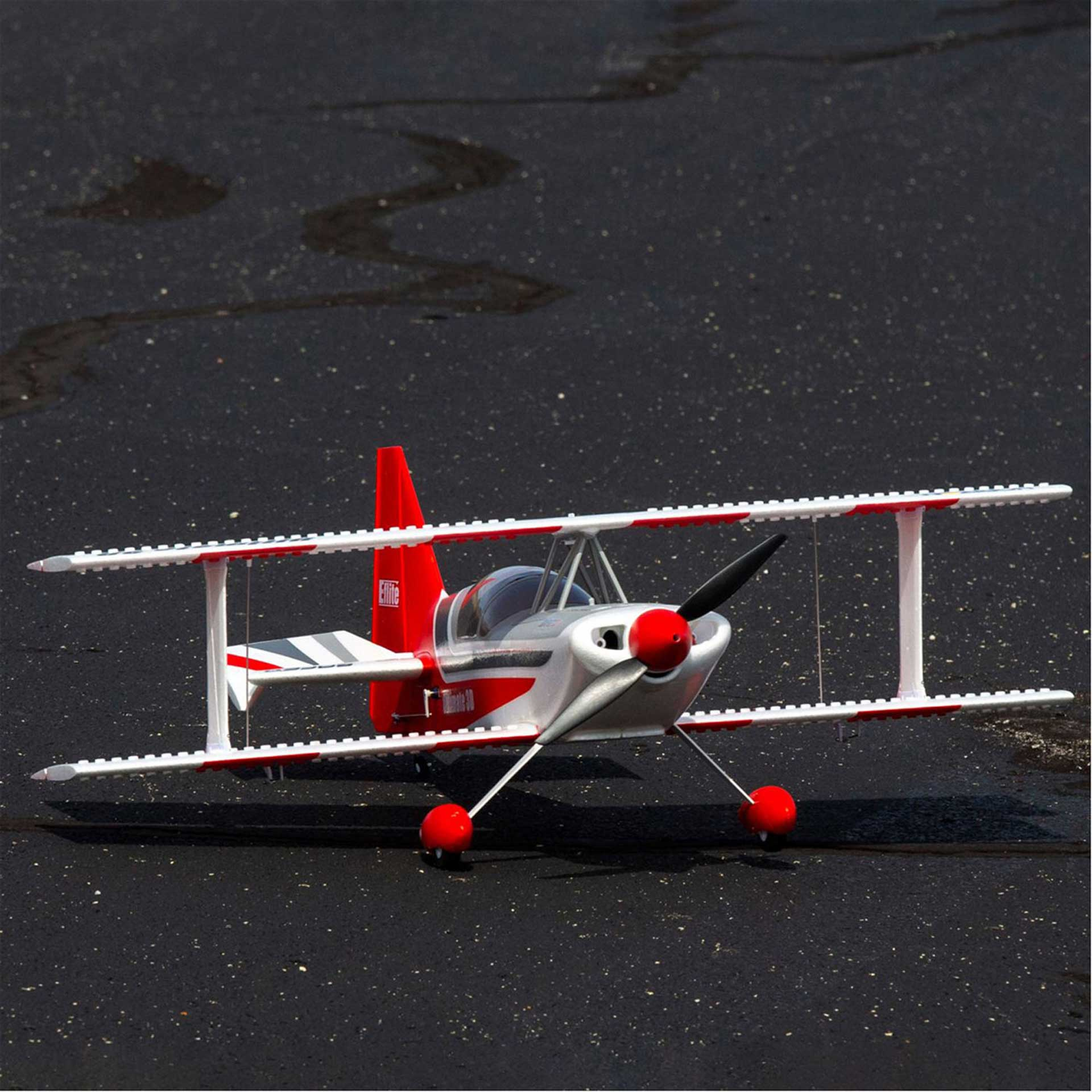 E-Flite ULTIMATE 3D 950mm with Smart BNF Basic AS3X and safe