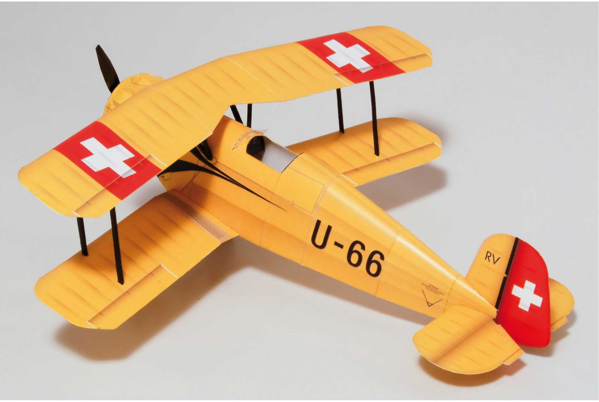 PAPER-MODEL Bücker 133 Jungmeister U-66 1:33 Kartonmodell aus Papier und Karton