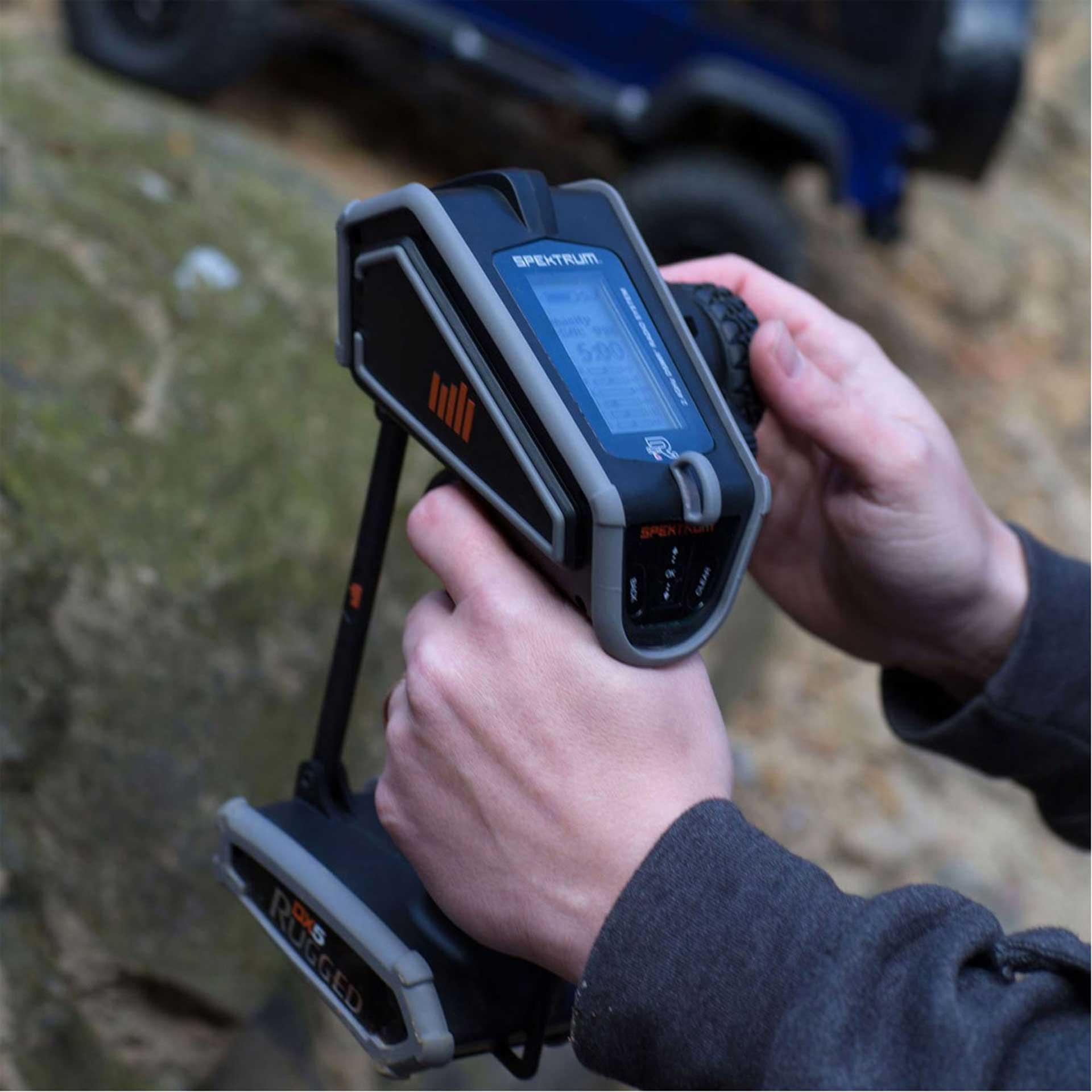 SPEKTRUM DX5 RUGGED DSMR 5KANAL 2,4Ghz FERNSTEUERUNG