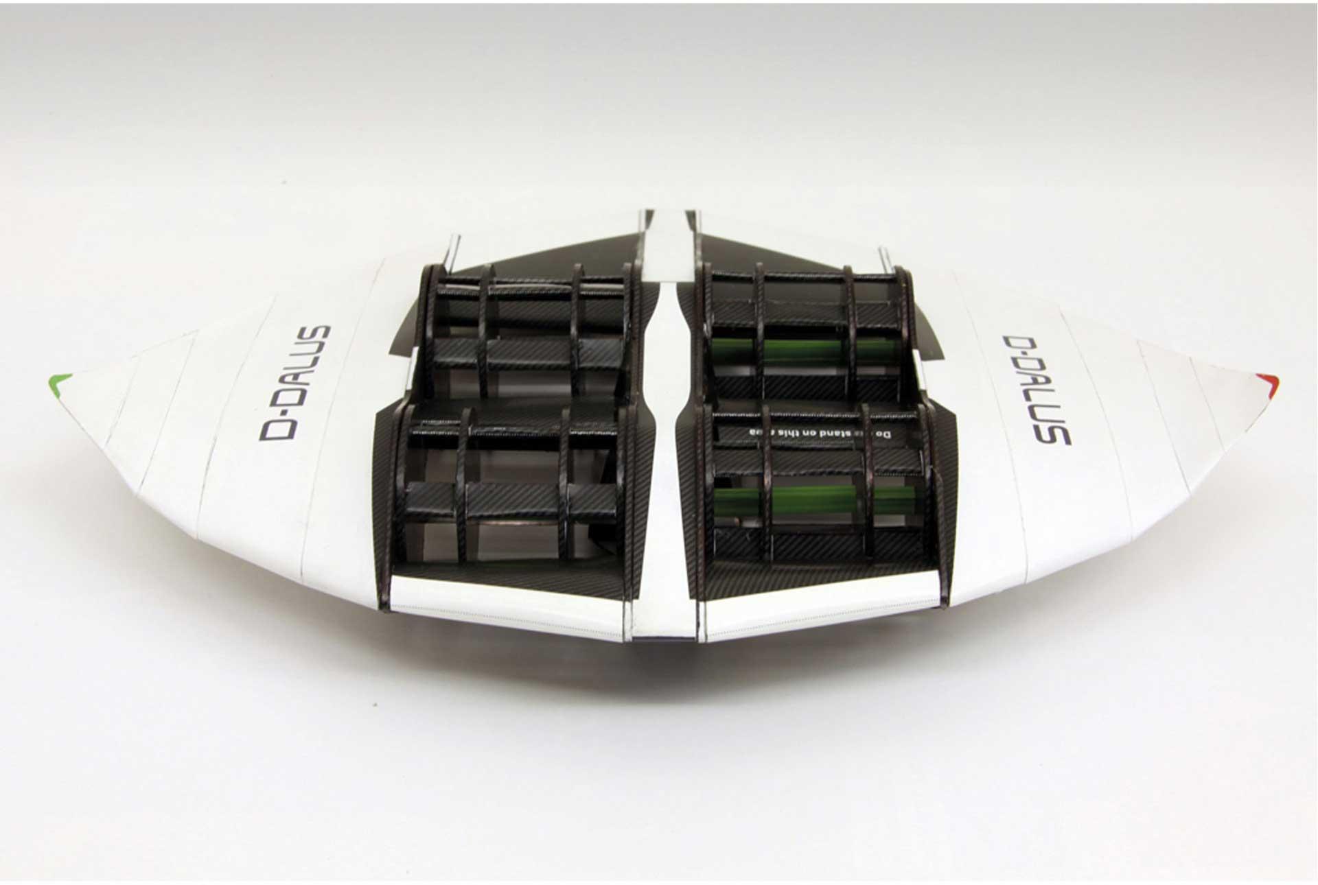 PAPER-MODEL D-Dalus 1:24 Kartonmodell aus Papier und Karton