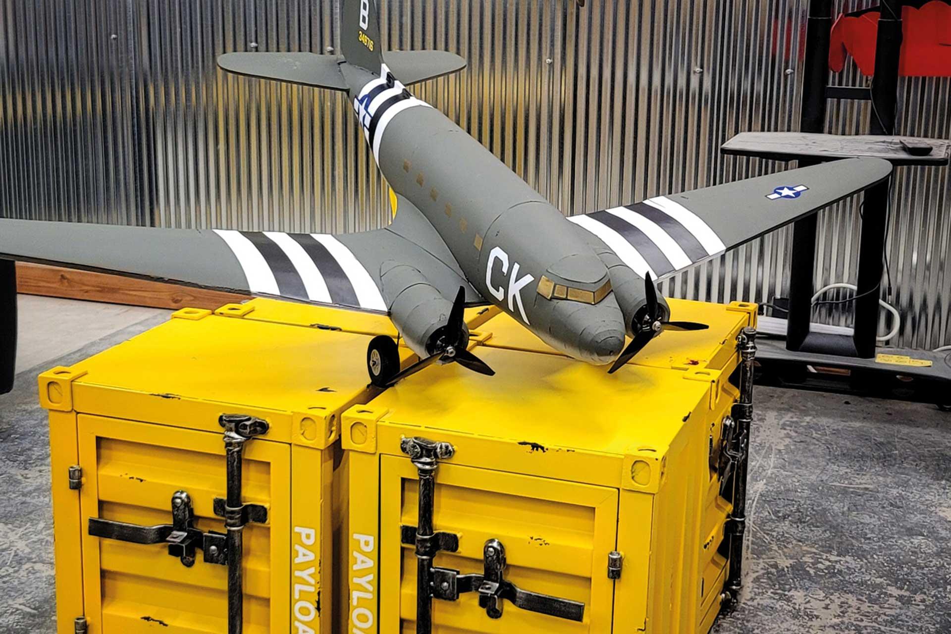 """FLITE TEST Master Series C-47 72"""" Bausatz"""