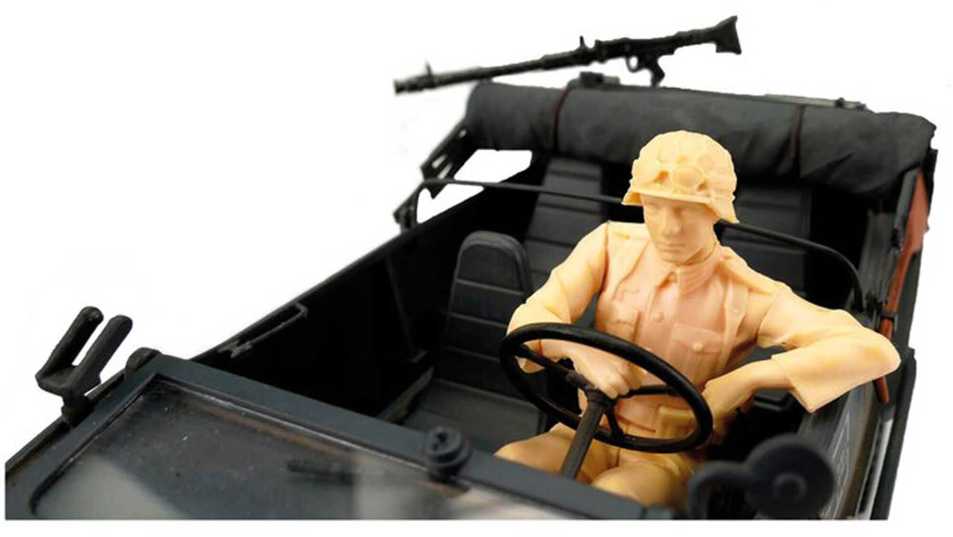 TORRO 1/16Figure Kit Floating Car Driver